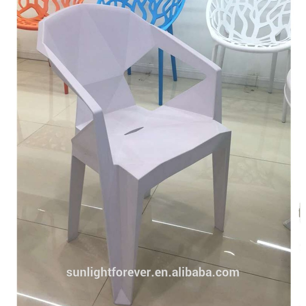 New Design Outdoor Plastic Stacking Chair